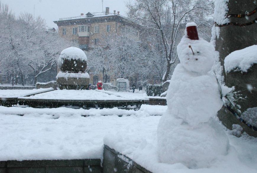 ФОТОРЕПОРТАЖ: Запорожье замело снегом, фото-13