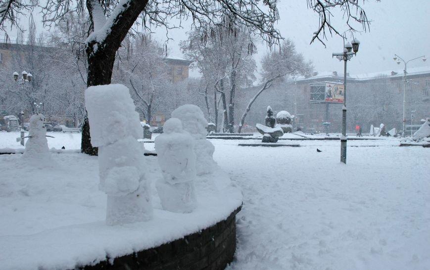ФОТОРЕПОРТАЖ: Запорожье замело снегом, фото-18