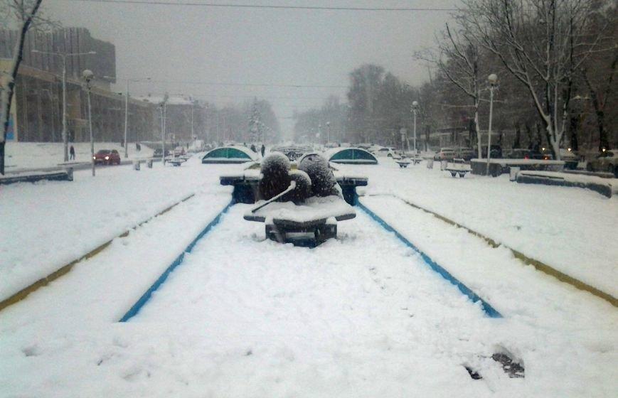 ФОТОРЕПОРТАЖ: Запорожье замело снегом, фото-23