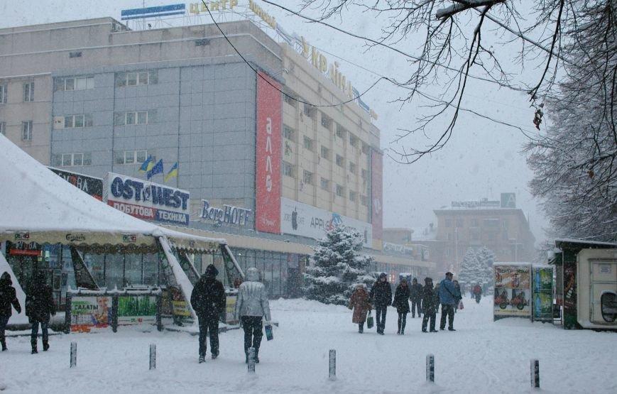 ФОТОРЕПОРТАЖ: Запорожье замело снегом, фото-8