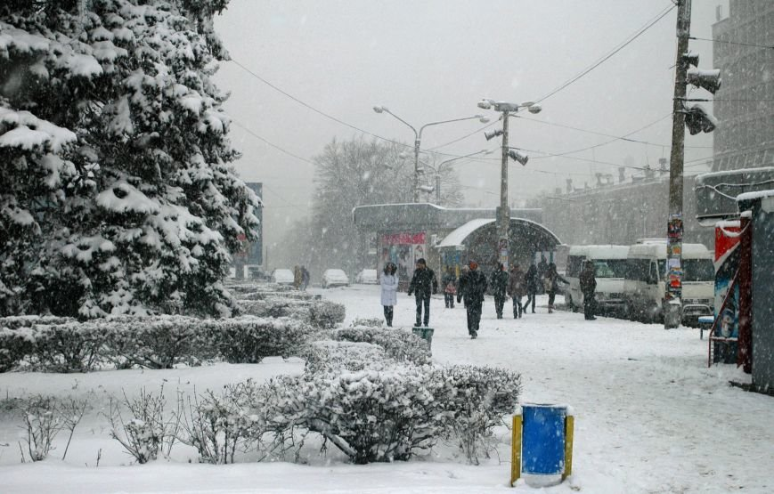 ФОТОРЕПОРТАЖ: Запорожье замело снегом, фото-2