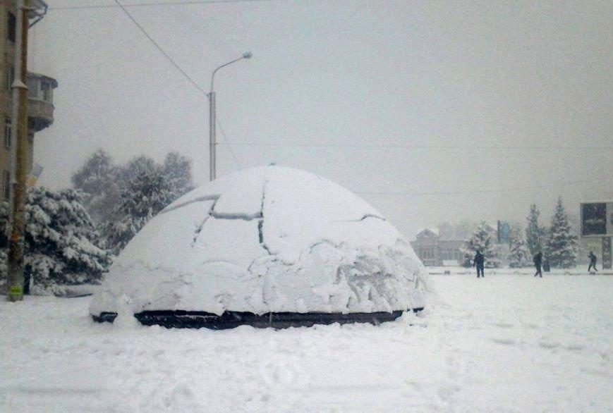 ФОТОРЕПОРТАЖ: Запорожье замело снегом, фото-30