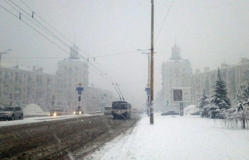 ФОТОРЕПОРТАЖ: Запорожье замело снегом, фото-31