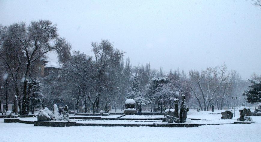 ФОТОРЕПОРТАЖ: Запорожье замело снегом, фото-9