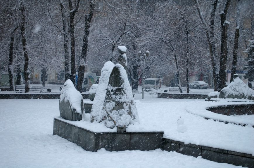 ФОТОРЕПОРТАЖ: Запорожье замело снегом, фото-10