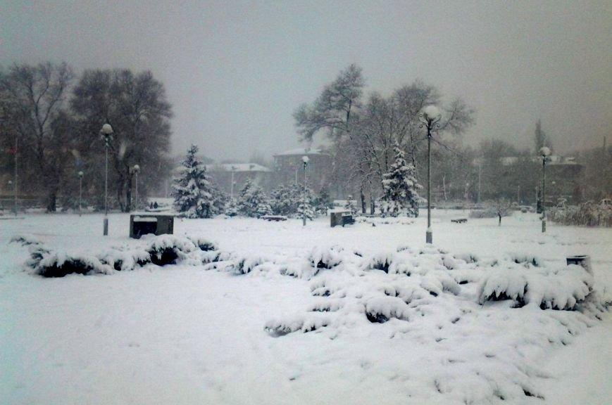 ФОТОРЕПОРТАЖ: Запорожье замело снегом, фото-20