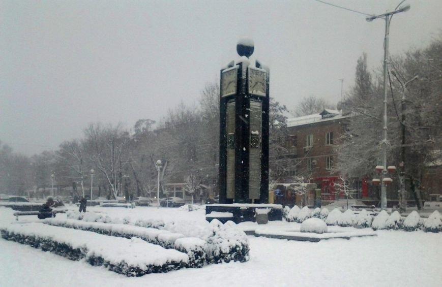 ФОТОРЕПОРТАЖ: Запорожье замело снегом, фото-22