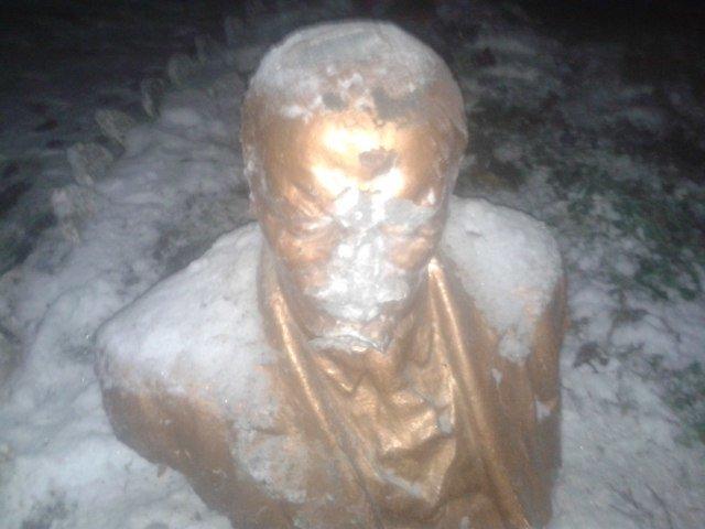 Голова Лєніна 4