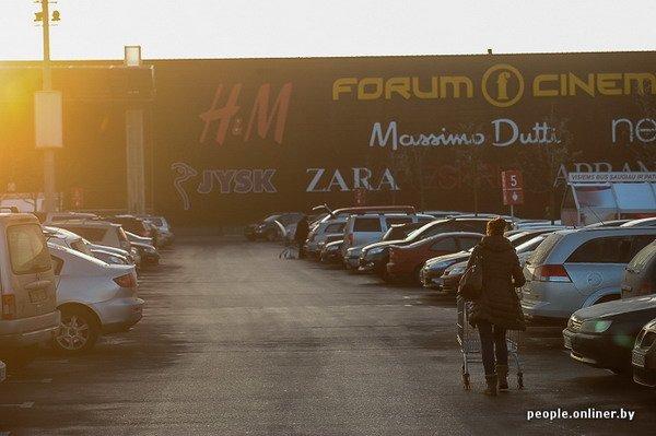 Фоторепортаж: как гродненцы и минчане «брали» литовский «Акрополис» в день скидок, фото-35