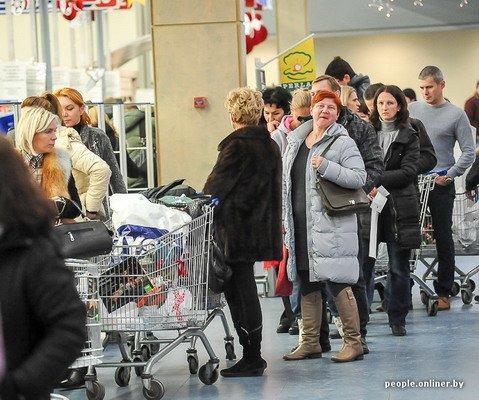 Фоторепортаж: как гродненцы и минчане «брали» литовский «Акрополис» в день скидок, фото-19