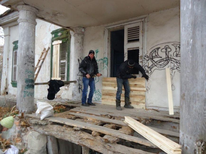 Активисты приступили к спасению уникального исторического памятника в Черниговской области (фото) - фото 2