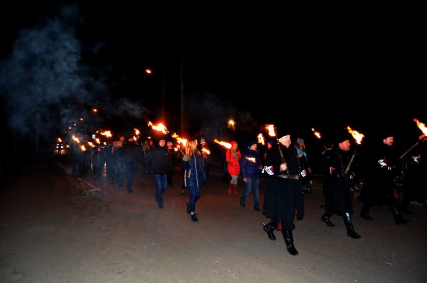 У Ківерцях відбулася факельна хода (фото) - фото 1