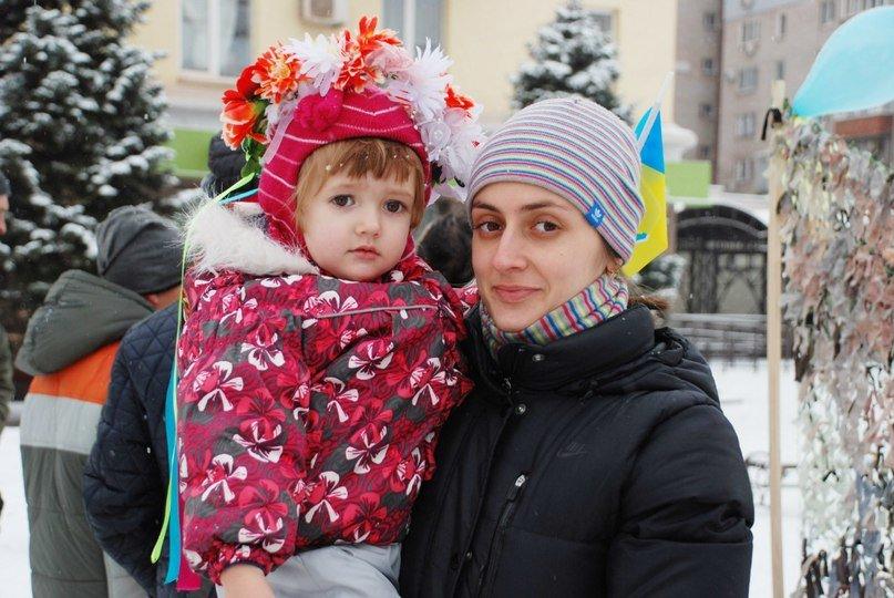 В Кривом Роге дети присоединились к акции «Холодно? Солдатам еще холоднее» (ФОТО) (фото) - фото 1