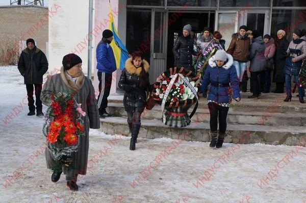 В Запорожской области похоронили бойца, погибшего во время боя под Мариуполем, фото-4