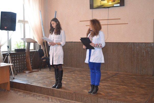Чернівецьким школярам волонтери  розповіли про СНІД (фото) - фото 1