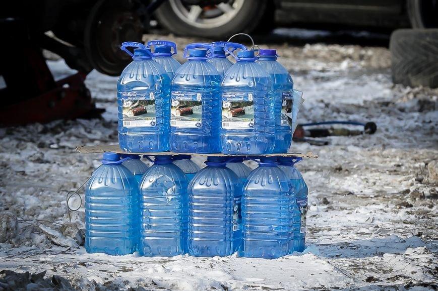 В Домодедово полиция борется с нелегальной продажей незамерзайки (фото) - фото 1