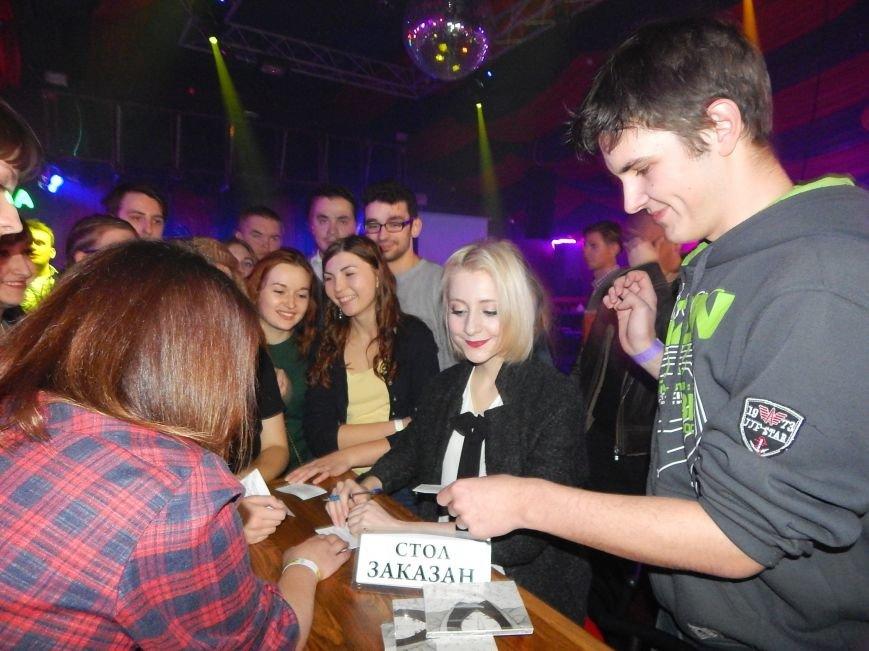 Київський гурт Vivienne Mort презентував у Полтаві свою «Готику» (фото, відео) (фото) - фото 9