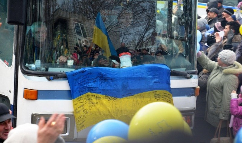 Николаевцы тепло встретили 19 тербатальон, вернувшийся из зоны АТО (ФОТО) (фото) - фото 2