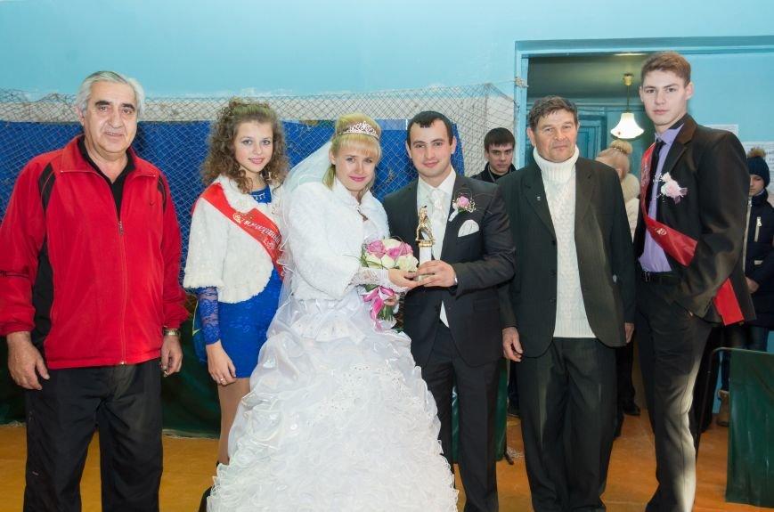 Городской турнир по настольному теннису в Красноармейске завершился приятным сюрпризом (фото) - фото 1
