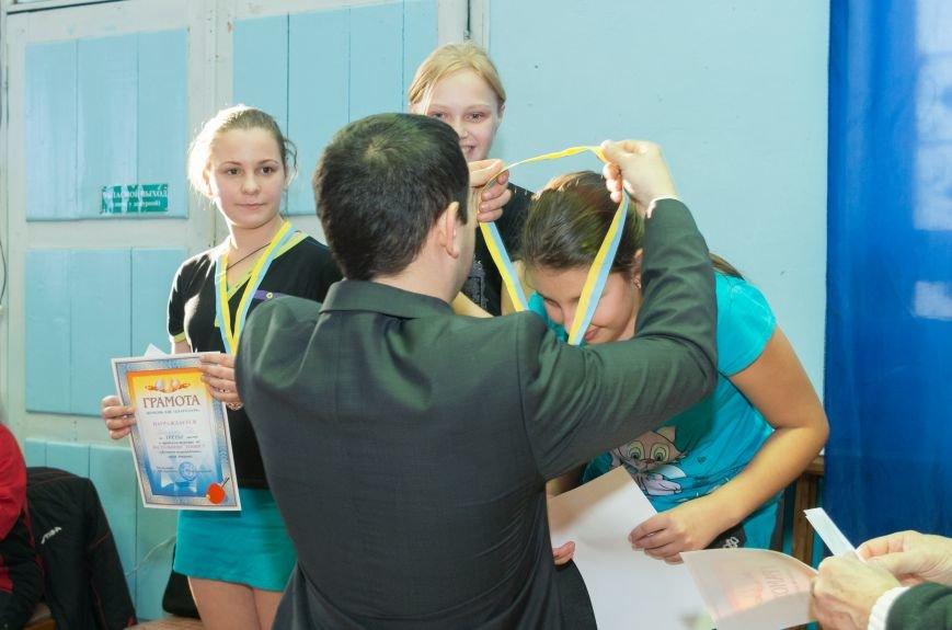 Городской турнир по настольному теннису в Красноармейске завершился приятным сюрпризом (фото) - фото 2