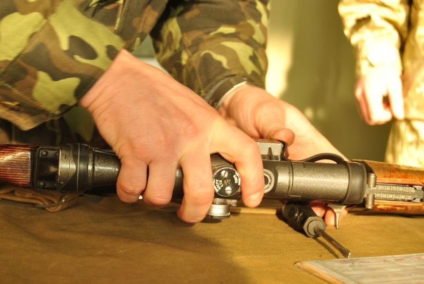Я родом з мисливської родини, - мужній львів'янин, який навчається на снайпера (ФОТОРЕПОРТАЖ) (фото) - фото 2