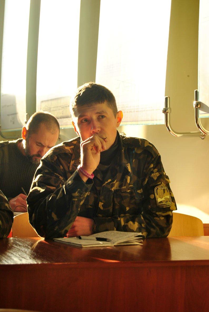 Я родом з мисливської родини, - мужній львів'янин, який навчається на снайпера (ФОТОРЕПОРТАЖ) (фото) - фото 7