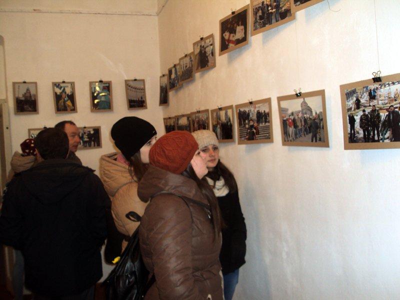 На Львівщині відкрили фотовиставку «Обличчя Майдану» (ФОТОРЕПОРТАЖ) (фото) - фото 4