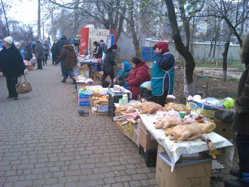 Мясо с асфальта: одесская милиция оказалась беспомощной перед стихийной торговлей (ФОТО), фото-4