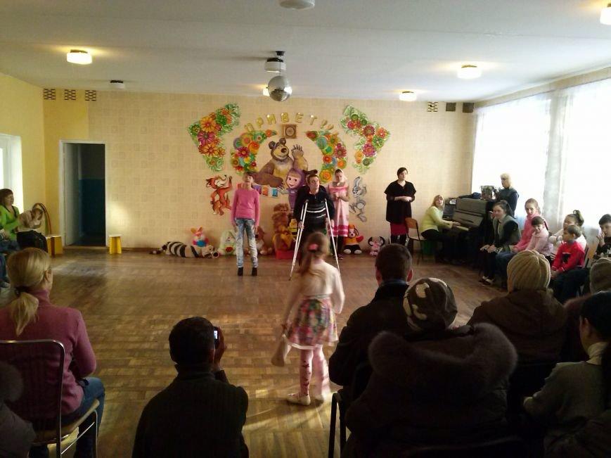 В территориальном центре Днепровского района прошел «День доброты» (фото) - фото 3
