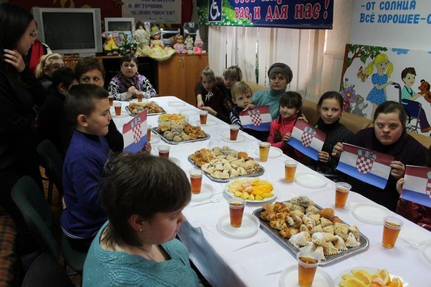 Благотворительность: в Мариуполе отметили Международный день инвалидов (ФОТО), фото-7