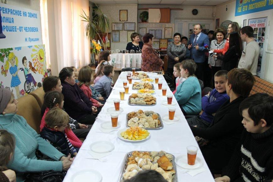 Благотворительность: в Мариуполе отметили Международный день инвалидов (ФОТО), фото-6