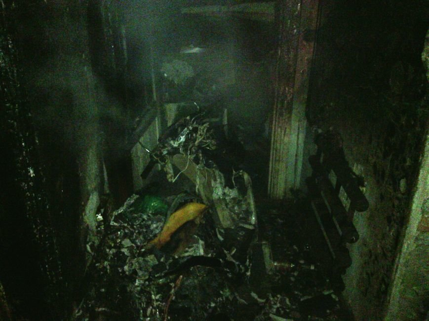 В Днепродзержинске во время ликвидации пожара обнаружен труп пенсионерки, фото-1