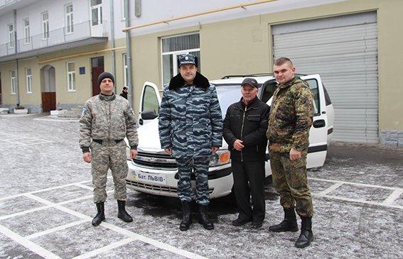 Львів'янин передав в АТО власний автомобіль (ФОТО) (фото) - фото 2