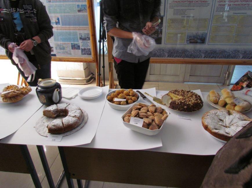 Студенты ПГТУ продавали торты, чтобы помочь мариупольским сиротам (ФОТО), фото-5