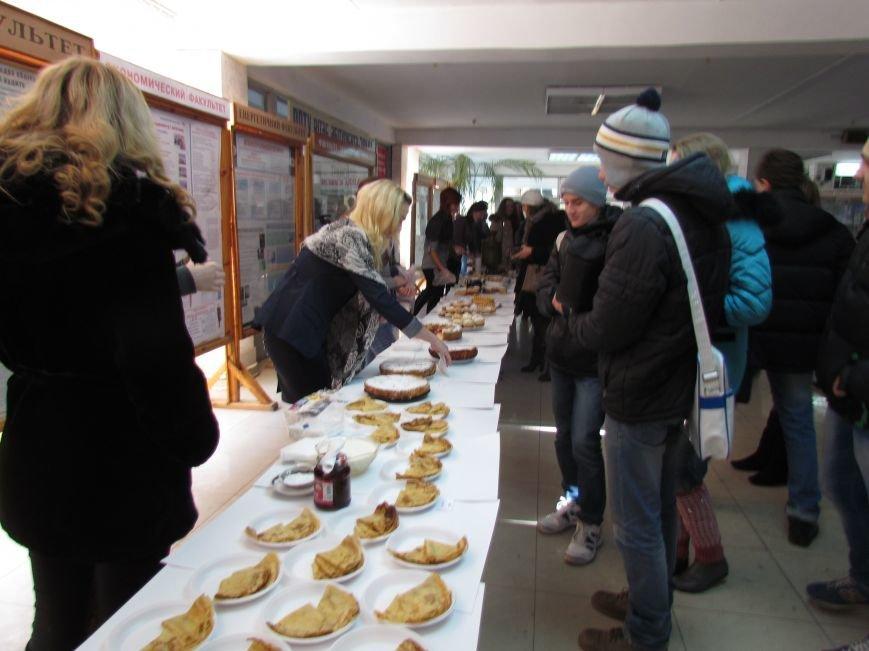 Студенты ПГТУ продавали торты, чтобы помочь мариупольским сиротам (ФОТО), фото-2