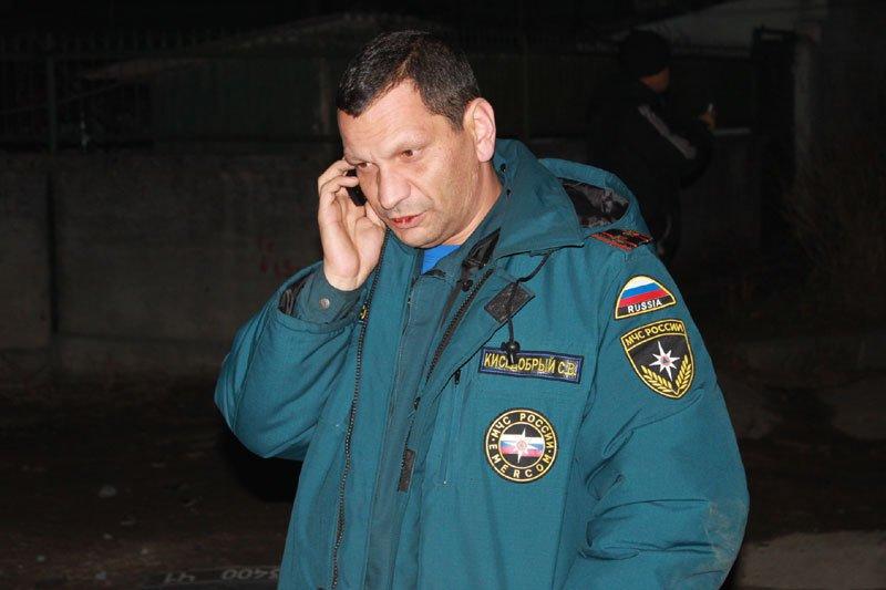 В Симферополе пьяный сотрудник МЧС сбил электроопору, обесточив микрорайон (ФОТО) (фото) - фото 5