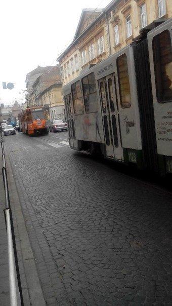 Ситуація на дорогах Львова: ДТП на вул. Личаківській (ФОТО) (фото) - фото 2