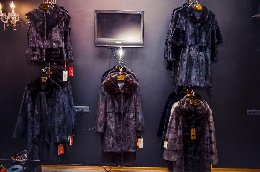 BlackGlama: Шубки из Финляндии, Греции и Норвегии ждут вас в Симферополе (фото) - фото 4