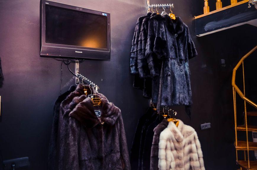BlackGlama: Шубки из Финляндии, Греции и Норвегии ждут вас в Симферополе (фото) - фото 5