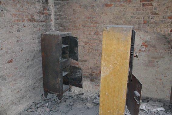 Через «Ніч Гніву», львівські міліціонери працюють у холодних підвалах (ФОТО) (фото) - фото 5