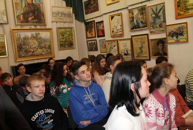 Встреча школьников города с представителями военных подразделений (фото) - фото 2