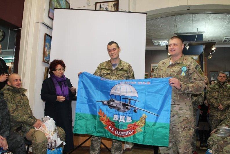 Встреча школьников города с представителями военных подразделений (фото) - фото 3