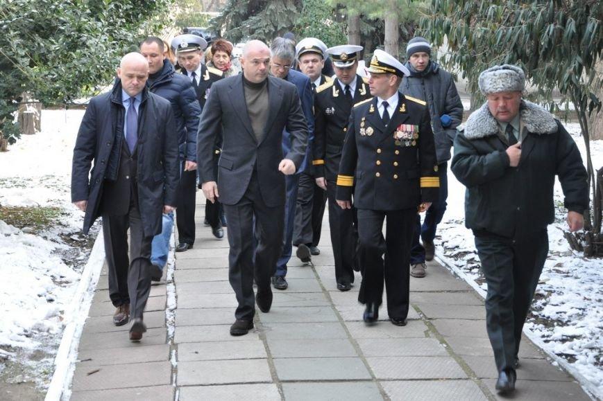 Руководство Одессы и ВМС проведало в госпитале раненных героев (АТО), фото-3