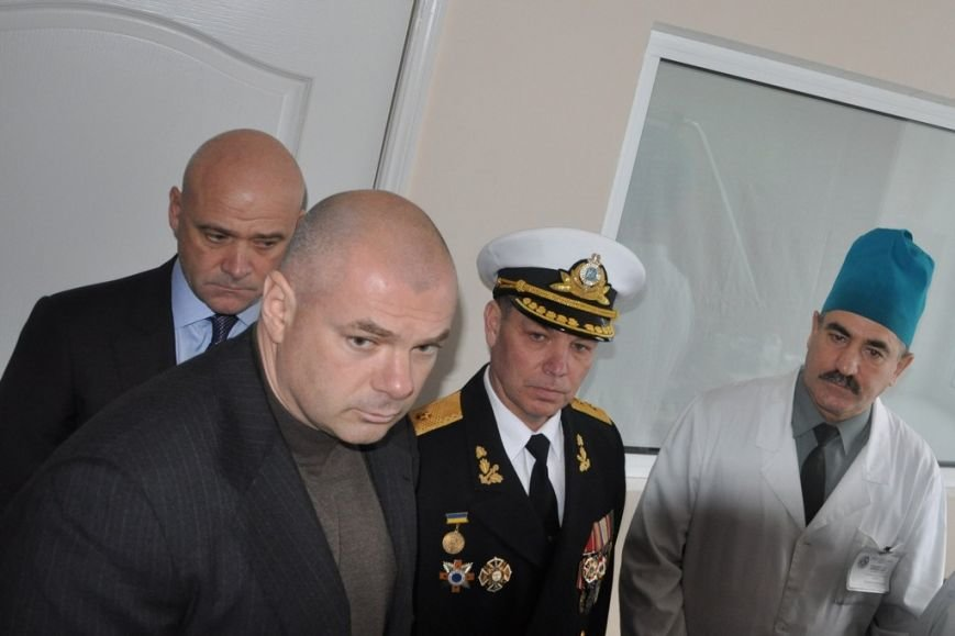 Руководство Одессы и ВМС проведало в госпитале раненных героев (АТО), фото-2