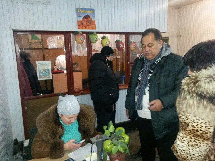 Одесситы поздравили военных в Мариуполе с Днем ВСУ (ФОТО) (фото) - фото 1
