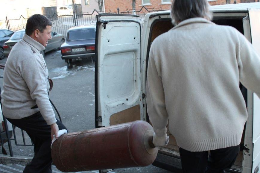 Дорожники Кіровоградщини зібрали для бійців АТО «гостинці» (фото), фото-6