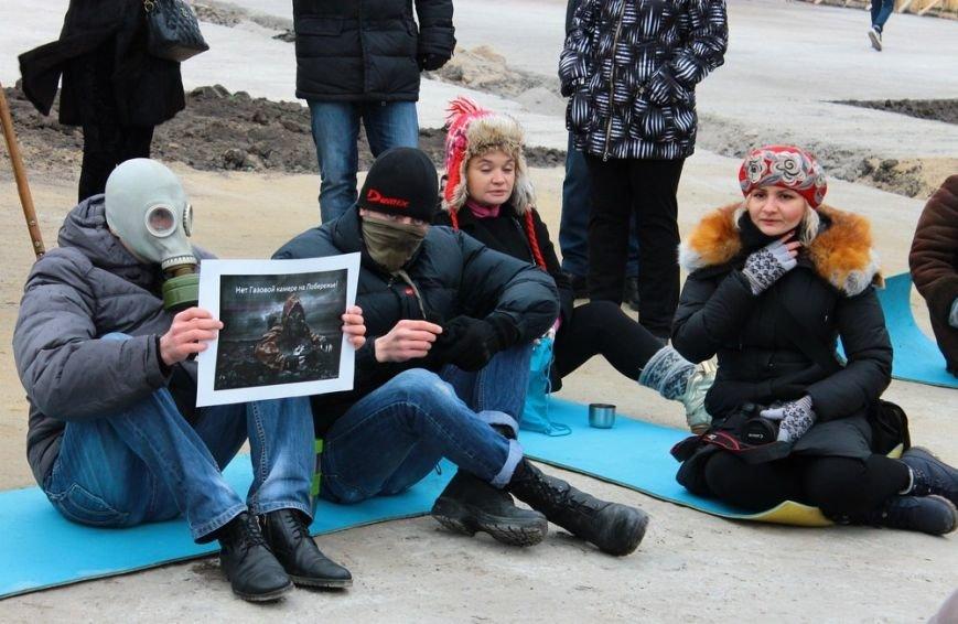 В Одессе борцы за Ланжерон в качестве протеста сожгли автомобиль. Пока картонный (ФОТО) (фото) - фото 6