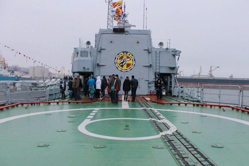 Почувствовать себя морским волком: одесситам устроили экскурсию на военных кораблях (фото) - фото 1