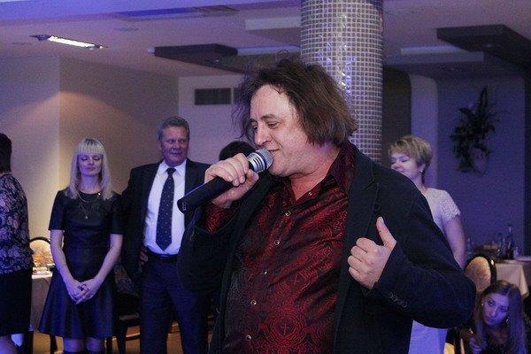В гродненском ресторане «Галактика» на ретро-вечеринке выступил Александр Шаганов и группа «Ласковый май» (Фото), фото-1