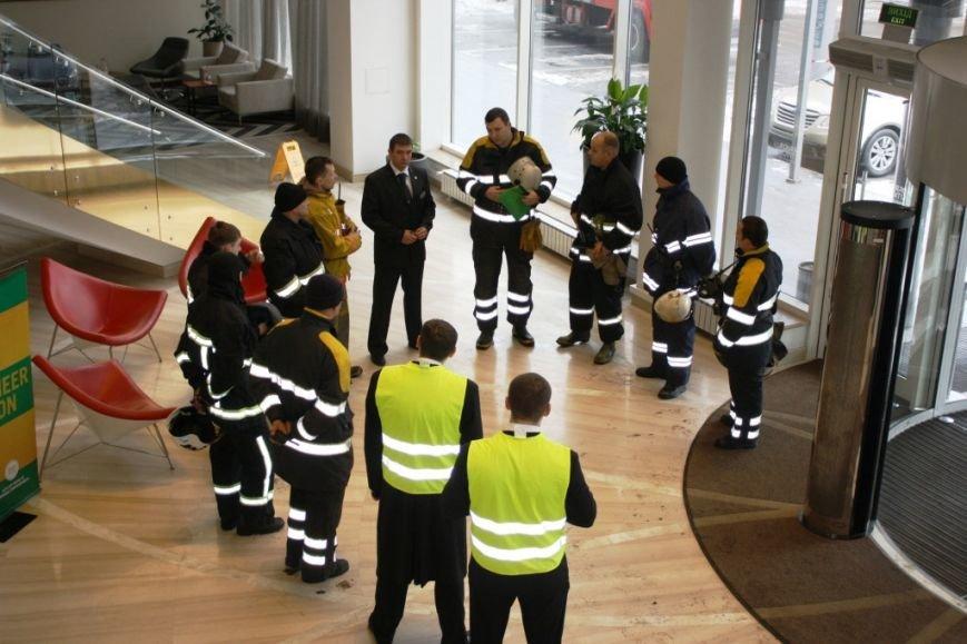 ФОТОРЕПОРТАЖ: В Запорожье состоялись пожарные учения в отеле «Шератон», фото-13